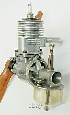 1940's Victor ROCKET MODEL spark ignition Airplane Engine gas motor withprop MINT