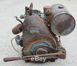 Antique Briggs and Stratton Engine Model MF Motor Vintage Lever Start Cast Iron