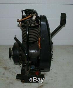 Briggs & Stratton Model FH Straight Fin Gas Engine Motor