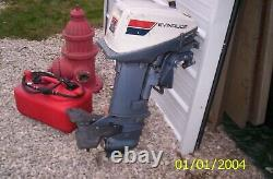 Evinrude 15 H. P. Outboard Boat Motor Engine Model #15404S RUNS GREAT! WithGAS TANK