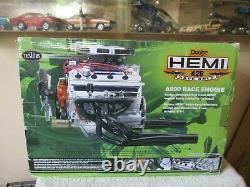 TESTORS 1/4 Scale Model Motor Kit Dodge HEMI 426 A990 Race Engine