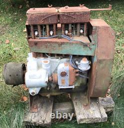 Vintage Wisconsin Motor Engine Model Ac4s